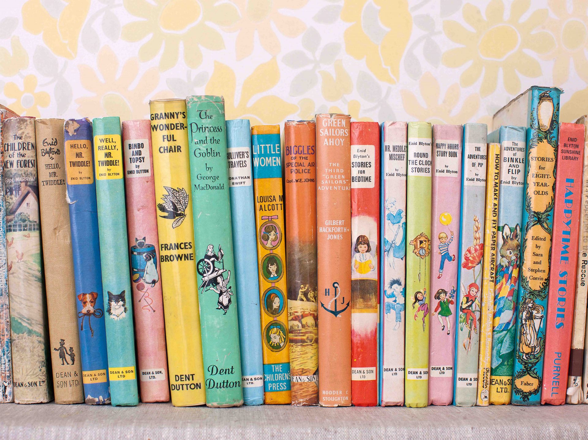 Shaw & Shaw photography – Childrens Books on a shelf – kids books – good read – Shaw and Shaw Advertising photographers photographer photography