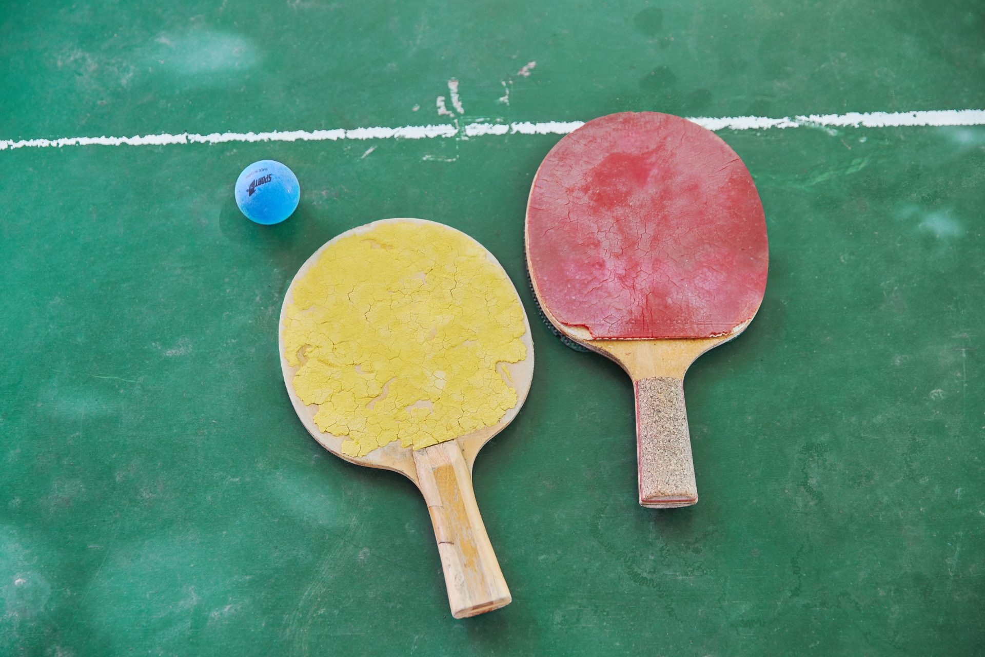 Ping Pong game – table tennis bats and ball – Shaw & Shaw Photography campaign – Shaw and Shaw advertising photographers