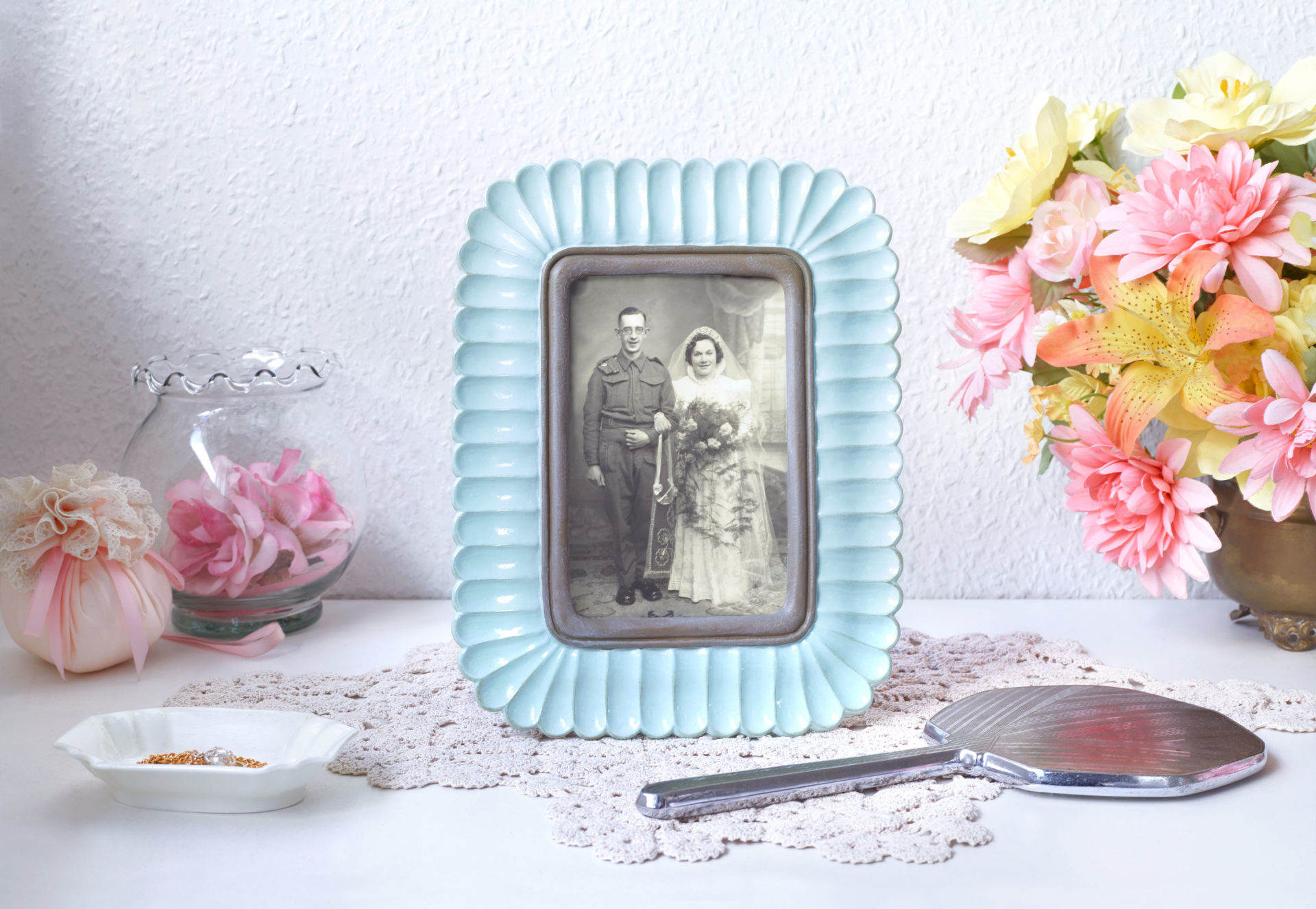 Shaw & Shaw – Wedding Blue Frame