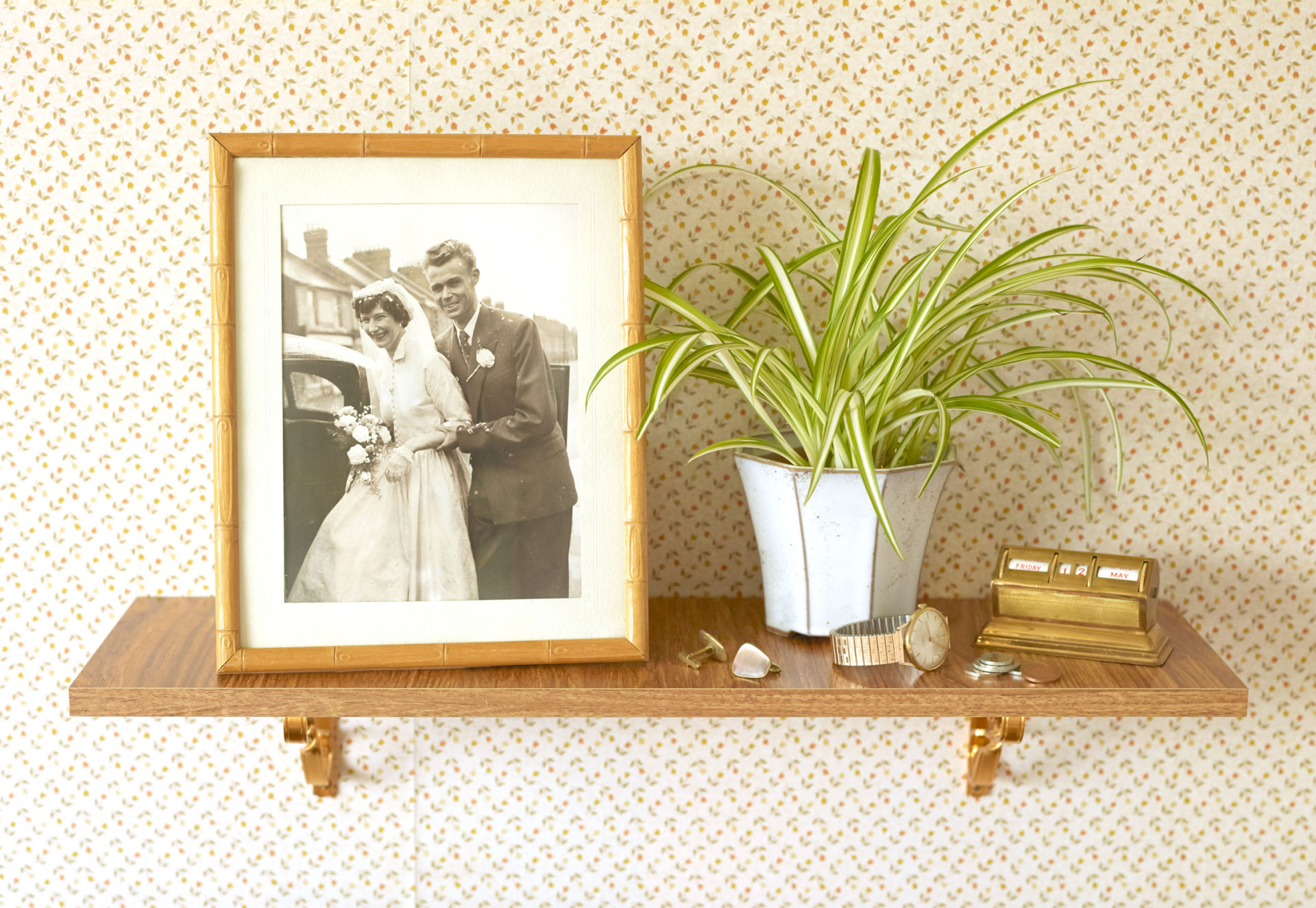 Shaw & Shaw – Wedding Shelf