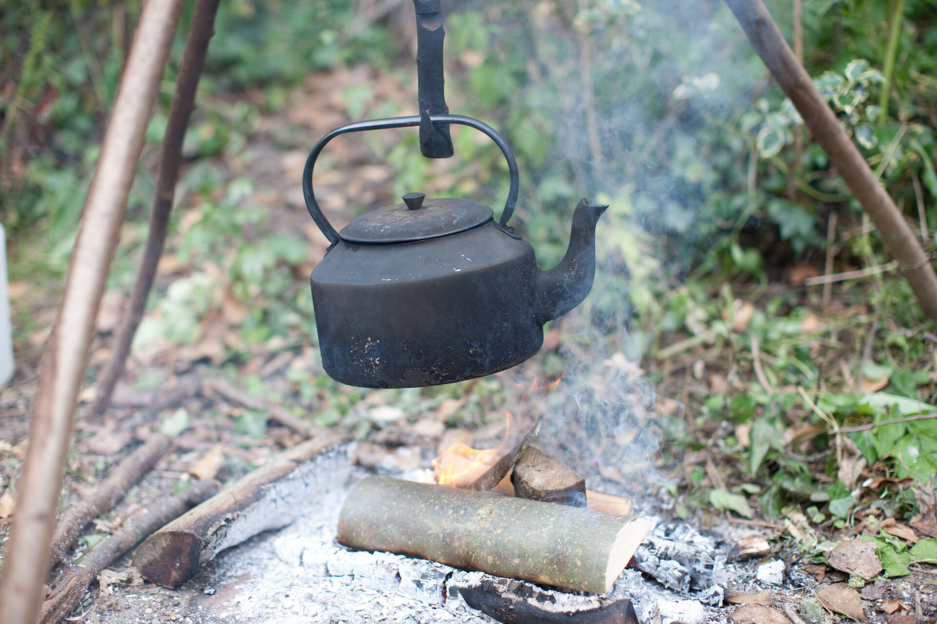 – Shaw & Shaw Photography – Shaw and Shaw Photographers Manchester – advertising photographers – graphic image – Kirkstall Forge – kettle boiling over camp fire outside